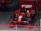 フェラーリピットのライコネン車